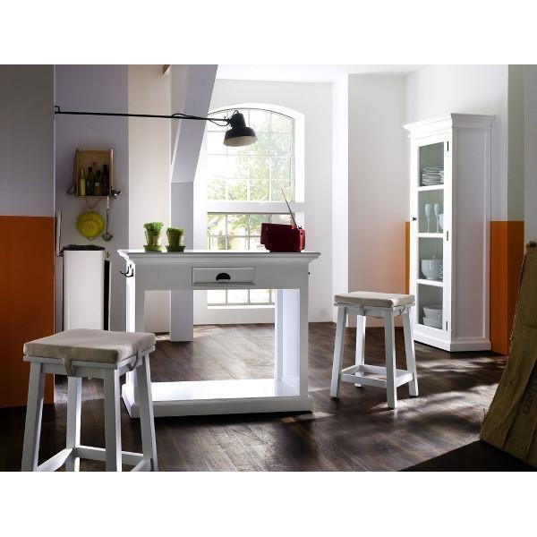 Se køkkenbord her   unikt, flot køkkenbord i hvid i smuk fransk ...