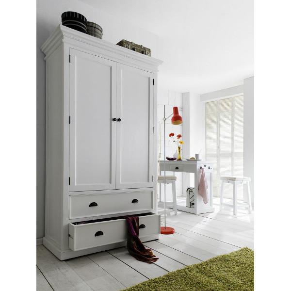 smukt kl deskab i hvid massivt mahogni med patina og fine udsk ringer. Black Bedroom Furniture Sets. Home Design Ideas
